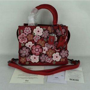 New Coach 1941 Rogue 25 Tea Rose Floral Leather